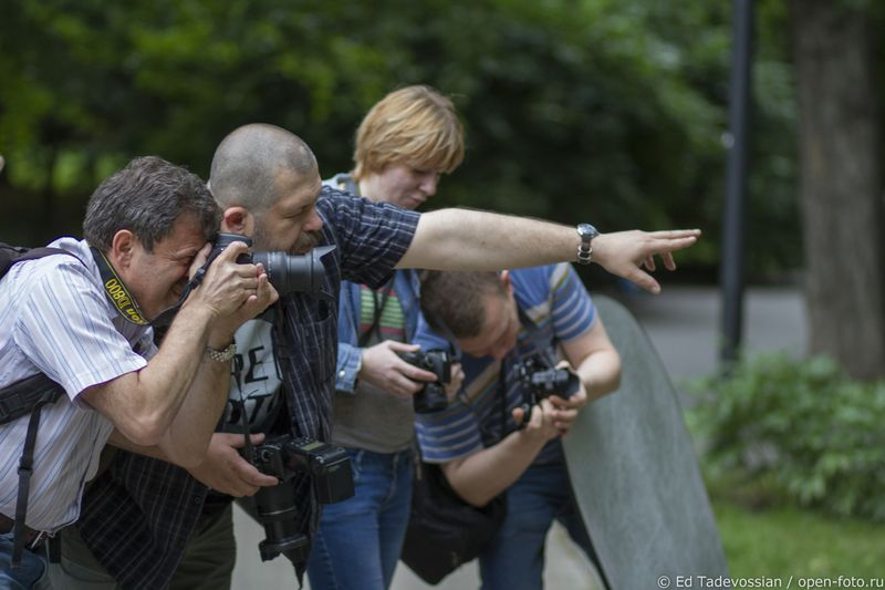 На занятии Школы фотографии OPEN FOTO