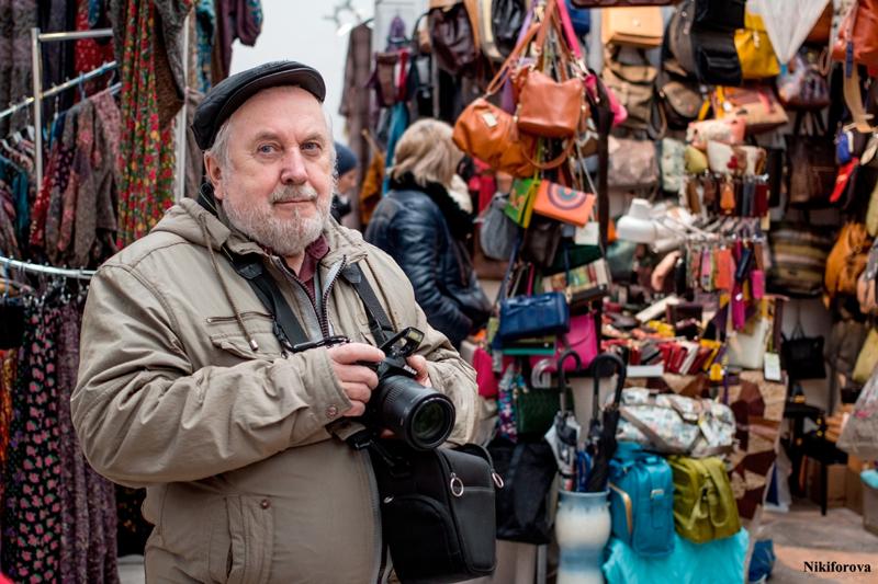 Один из участников мастер-классов Школы фотографии OPEN FOTO на выставке «МАСТЕРскаЯ».  Автор фото - Екатерина Никифорова