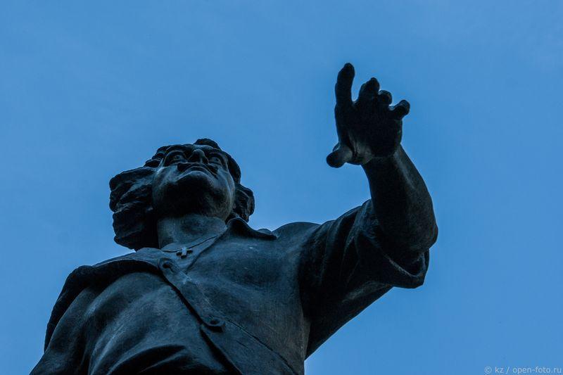 Измайловский остров. Памятник Петру Первому. Фото Ксении Ждановой