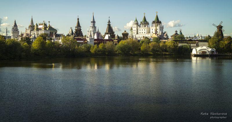 Измайловский остров. Вид на Измайловский Кремль. Фото: Екатерина Нестерова