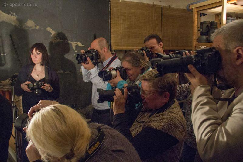 На занятии в Школе фотографии OPEN FOTO. Фото: Евгений Колков