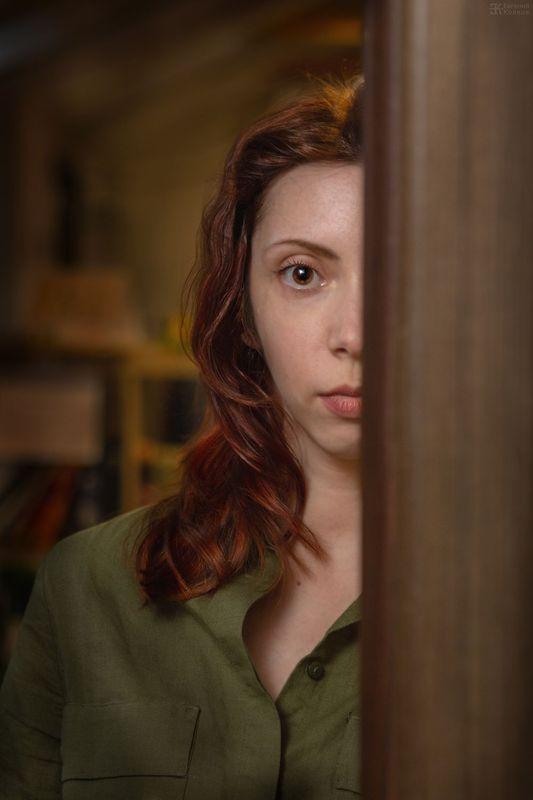 Портретная съемка в кафе. Фото: Евгений Колков