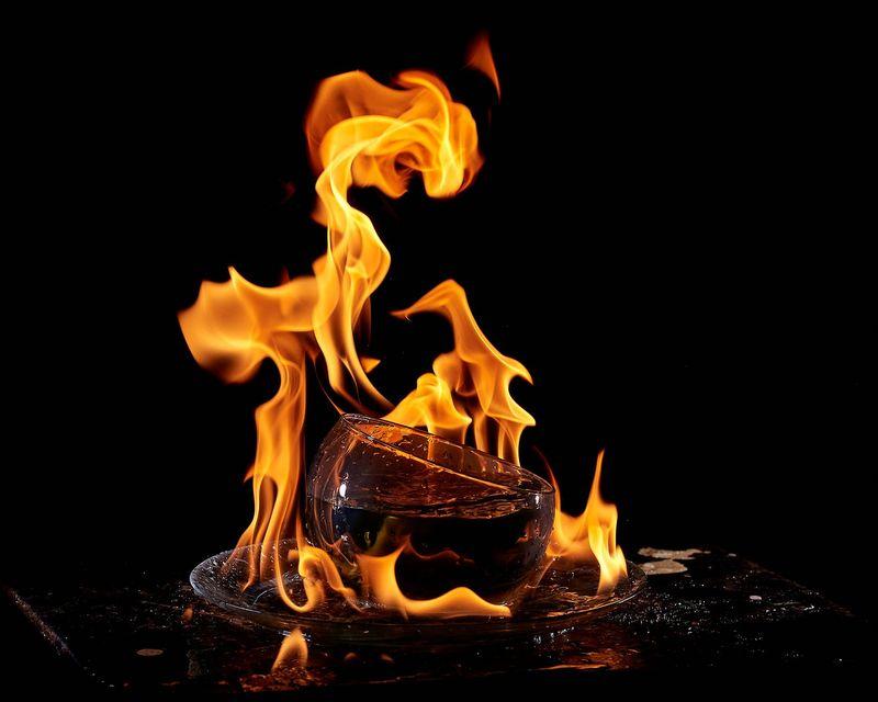 Съемка огня. Фото: Алексей Саломатов